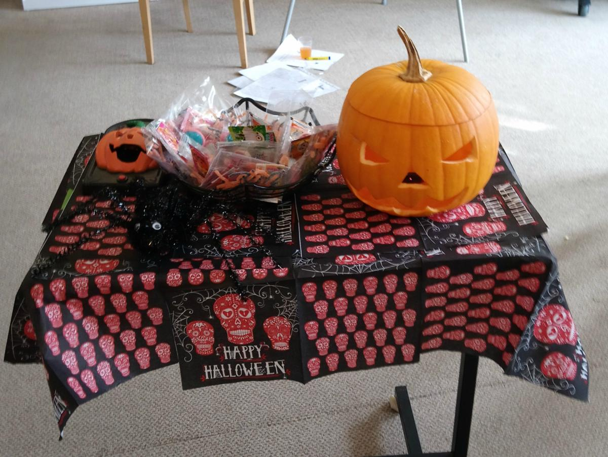 pumpkintable 600x450.jpg